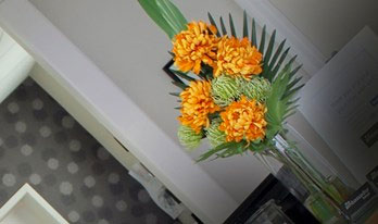 Office artificial Flowers